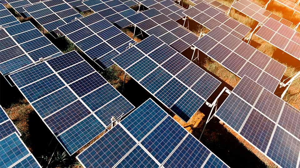 Quels sont les quatre type de panneau solaire
